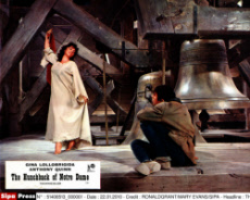 THE HUNCHBACK OF NOTRE DAME (FR/IT 1956) GINA LOLLOBRIGIDA,