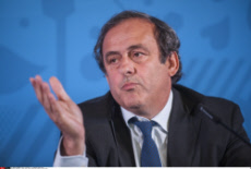 Bordeaux : Manuel Valls meets Juppe and Platini for Euro 2016