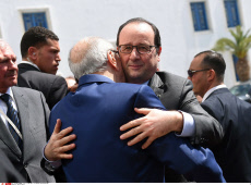 François Hollande in Tunis