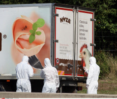 50 migrants dead inside lorry