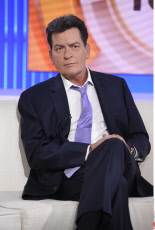 Charlie Sheen HIV virus