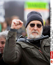 People James Cromwell