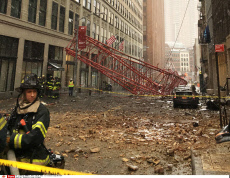 Crane collapses in NY