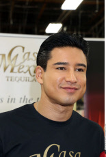 Mario Lopez signs bottles of Casa Mexico Tequila at Lee's Liquor