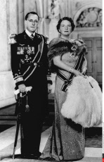 HOLLAND: PRINCE BERNHARD OF HOLLAND &     QUEEN  JULIANA - 1948- OFFICIAL PI