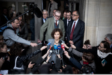 FRA: Paris: Flood of the Seine: Audrey Azoulay held a meeting at the Louvre