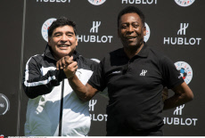 Pele & Maradona Hublot friendly