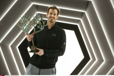 Paris : Andy Murray poses with 'Tree of Fanti' Trophy