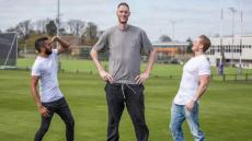 Britains Tallest Man