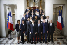 Family photo of the french government at the Elysee Palace