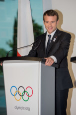 IOC - Visits of 2024 candidate cities to the Olympic Museum