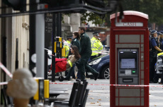 London car hits pedestrians