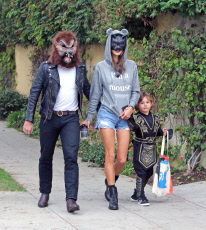 Alessandra Ambrosio Is A Mouse... And A Cat For Halloween