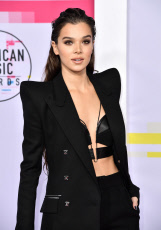 American Music Awards, Arrivals, Los Angeles, USA - 19 Nov 2017