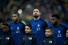 FRA : Match amical FIFA 2018 : France vs Colombie : Les hymnes