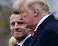 APTOPIX Trump US France
