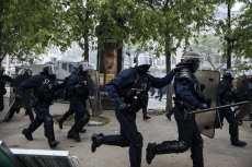 Paris : Mayday protest and clashes