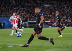 Paris Saint Germain v Red Star Belgrade - UEFA Champions League