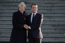Allbert: Macron welcomes Britain's Prime Minister Theresa May