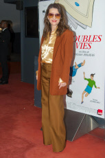 DOUBLES VIES  premiere In Paris - Photocall