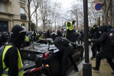 Paris : Yellow Vest act 13