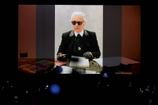 Hommages à Karl Lagerfeld