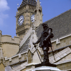Statue of Oliver Cromwell outside Houses of Parliament