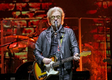 Hall & Oates Performing at Manchester Arena