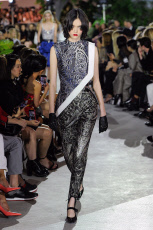 NY: Vuitton Vuitton Resort 2020 collection- Runway