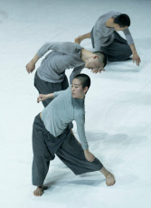 '4 & 9' performed by TAO Dance Theater at Sadler's Wells Theatre, London, UK, 24 May 2019