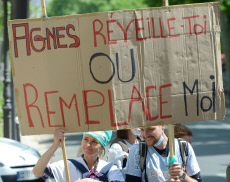 Paris: Protest medical emergency