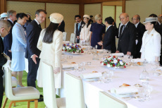 French President and wife meet Japan Emperor