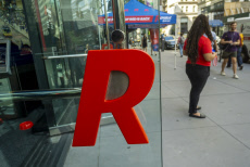 NY: Grand Opening of Republic Bank in New York