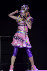JoJo Siwa performed at the BB&T Center, Sunrise, Florida