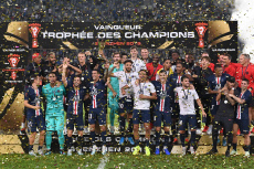 (SP)CHINA-SHENZHEN-FOOTBALL-CHAMPIONS TROPHY-PSG-RENNES(CN)