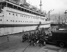 Hong Kong British Troops  Reinforcement Disembark