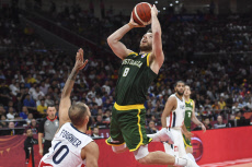 (SP)CHINA-BEIJING-BASKETBALL-FIBA WORLD CUP-FRA VS AUS (CN)