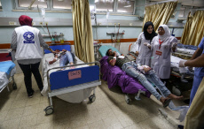 Gaza: Palestinians are taking part in mass casualty maneuver at the European Hospital