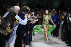 MFW:  Jennifer Lopez at Womenswear Spring Summer 2020 - Versace Fashion Show