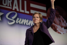 US Elections : Elisabeth Warren at Labor Summit in Los Angeles