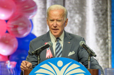 NY: Joe Biden endorsed by United Federation of Teachers