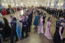 Russia: Marine youth ball in St Petersburg