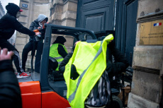 Gilets Jaunes 1 an  - One Year of French Yellow Vest protesters