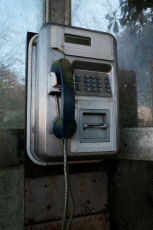 Cabine telephonique - Telephone booth
