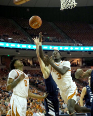NCAA BASKETBALL : California Baptist vs Texas Nov 12
