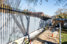 New higher fence erected outside the Whitehouse, Washington DC, USA - 14 Nov 2019