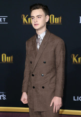'Knives Out' film premiere, Arrivals, Regency Village Theatre, Los Angeles, USA - 14 Nov 2019