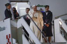 Italy Asia Pope