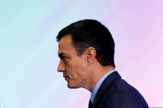 Pedro Sanchez closures 6th Congress on Family Business
