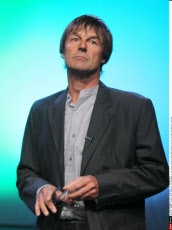 SEVRAN : Nicolas Hulot announces his candidacy in the French ecologist party EELV primary vote for the 2012 presidential elections